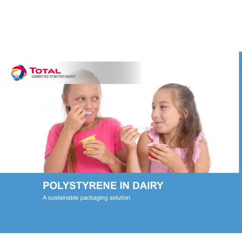 Molkereiprodukte verpackt in thermogeformten Polystyrolbehältnissen - Bild